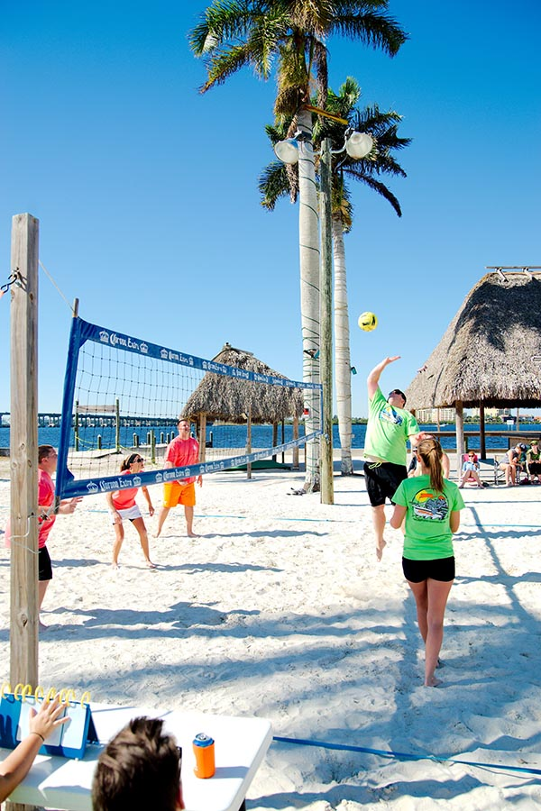 Sunday Funday 4v4 Sand Volleyball -Winter 2019 - 7 Weeks